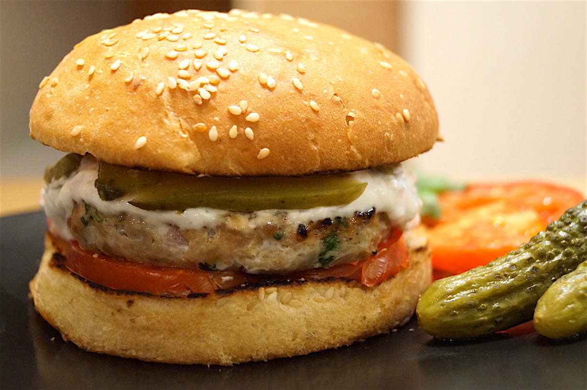 Juicy Chicken Burger With Garlic Yoghurt
