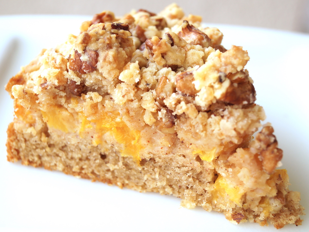 Cinnamon, Peach Crumble Cake