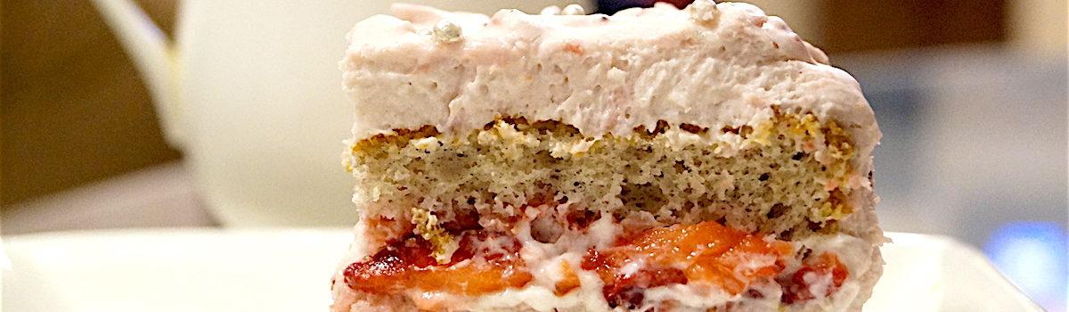 Very Berry Strawberry Cake