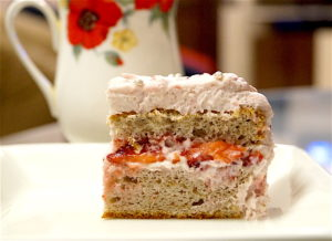 Very Berry Strawberry Cake