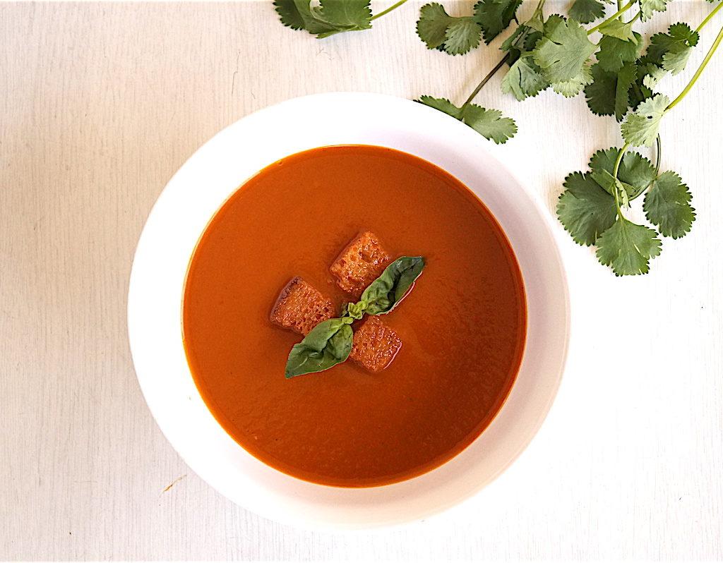 roasted tomato soup with roasted garlic