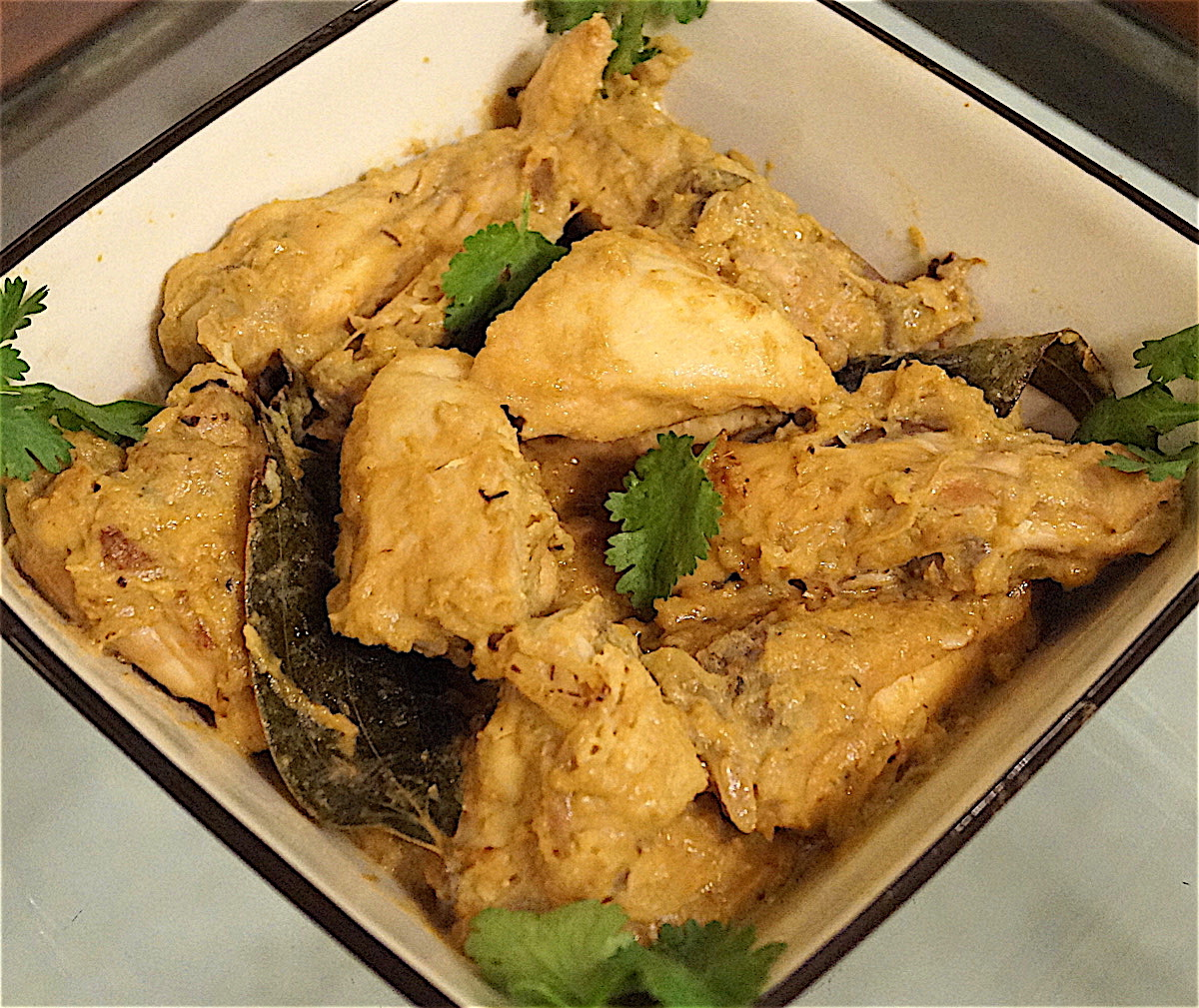 Dahi Chicken (Chicken in Yoghurt)