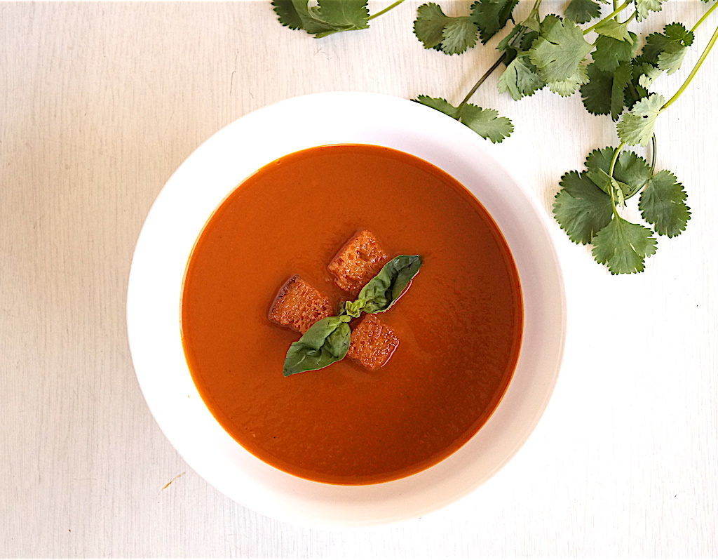 roasted tomato soup with roasted garlic