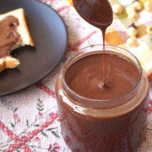 Easiest 4-Ingredient Chocolate Hazelnut Spread (Copycat Nutella)